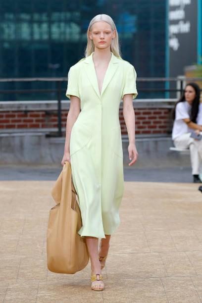 NY: Jonathan Simkhai - Runway - September 2019 - New York Fashion Week: The Shows