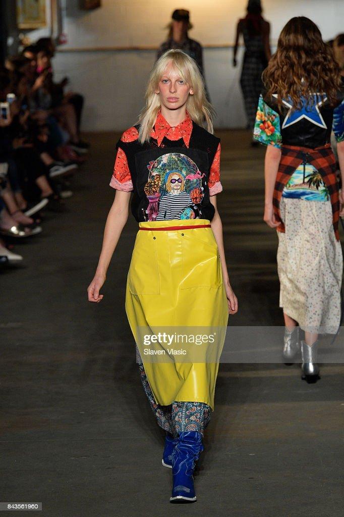 R13 - Runway - September 2017 - New York Fashion Week : ニュース写真