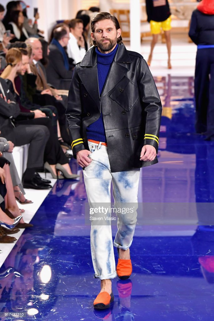 Ralph Lauren - Runway - February 2018 - New York Fashion Week : News Photo