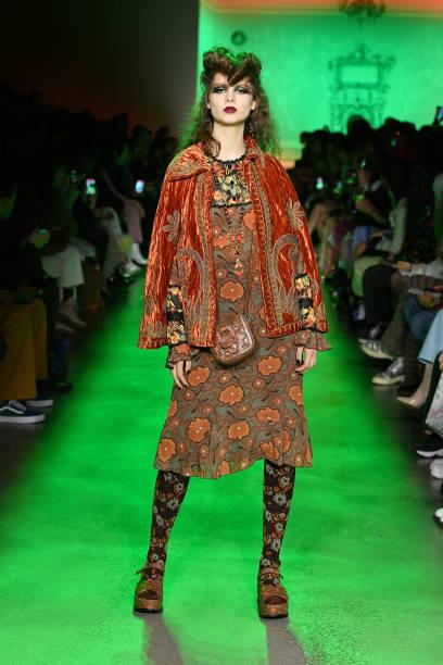 NY: Anna Sui - Runway - February 2020 - New York Fashion Week: The Shows