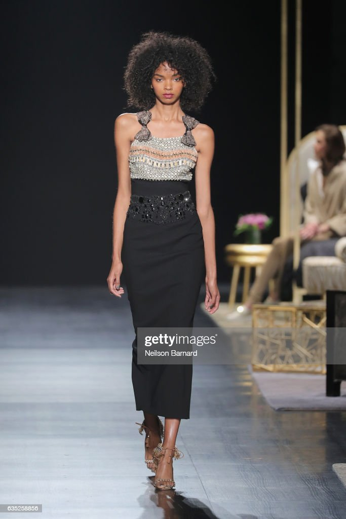 Badgley Mischka - Runway - February 2017 - New York Fashion Week: The Shows : Photo d'actualité
