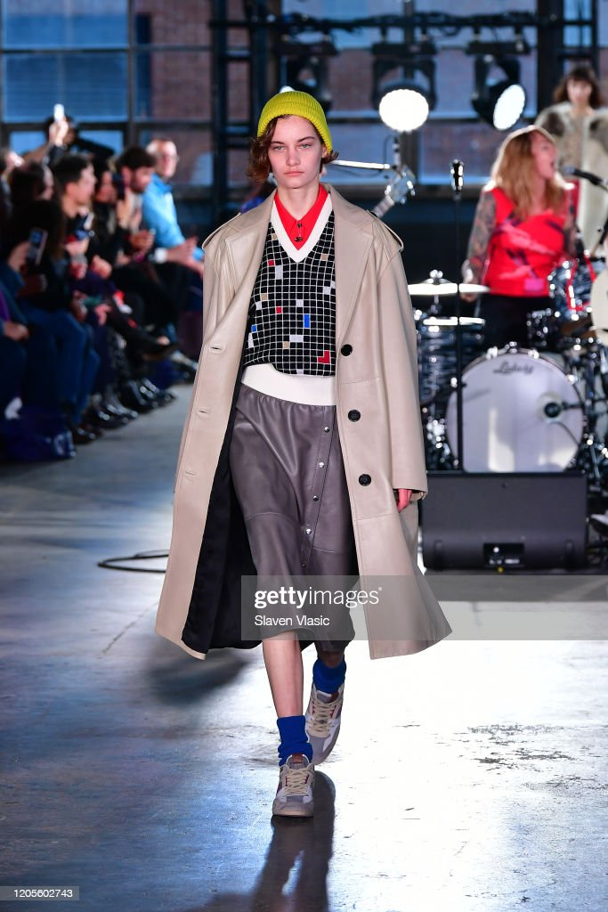 Coach 1941 - Runway - February 2020 - New York Fashion Week : Nachrichtenfoto