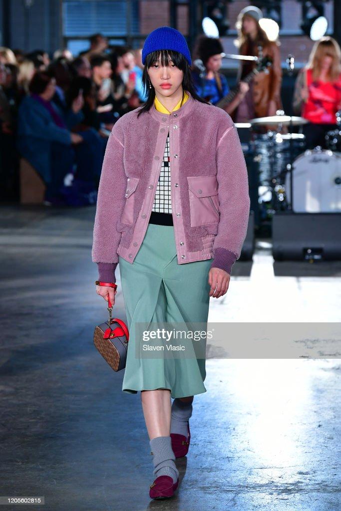 Coach 1941 - Runway - February 2020 - New York Fashion Week : Photo d'actualité