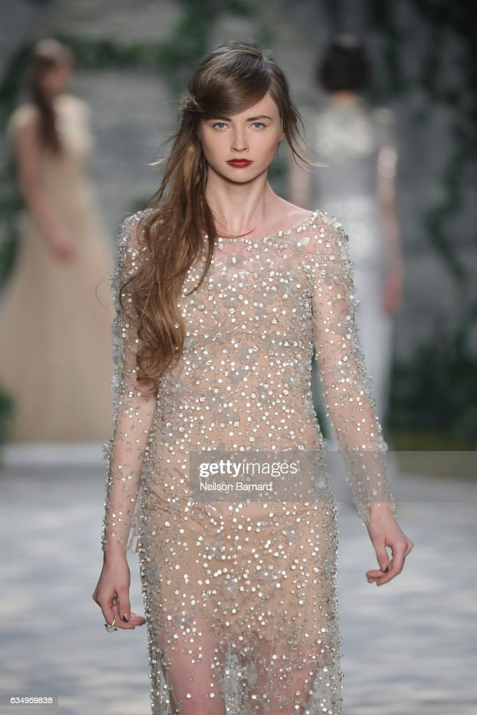 Jenny Packham - Runway - February 2017 - New York Fashion Week: The Shows : News Photo