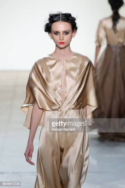 A model walks the runway for the Leanne Marshall collection during New York Fashion Week The Shows at Gallery 2 Skylight Clarkson Sq on February 12...