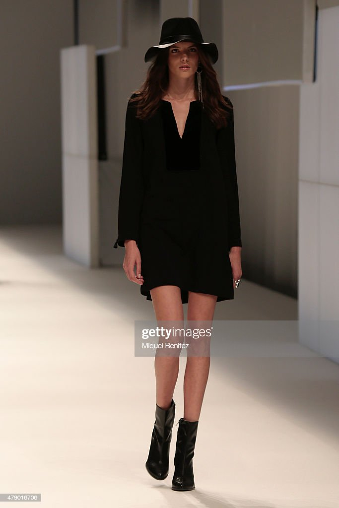 A model walks the runway for the Mango fashion show at 'Barcelona 080 Fashion Autumn\Winter 2015-2016' at the Olympic Stadium of Barcelona on June 29, 2015 in Barcelona, Spain.