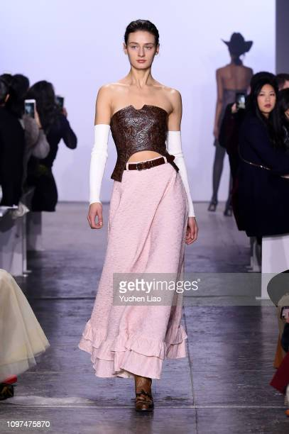 Model walks the runway for the Mark Gong fashion show during New York Fashion Week: The Shows at Industria Studios on February 10, 2019 in New York...