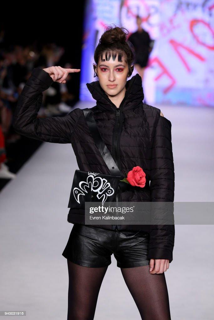 Murat Aytulum - Runway - Mercedes Benz Fashion Week Istanbul - March 2018 : News Photo
