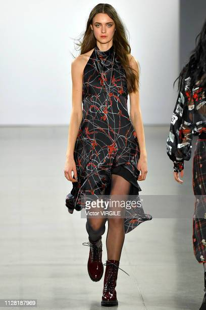 A model walks the runway for the Nicole Miller Ready to Wear Fall/Winter 20192020 fashion show during New York Fashion Week on February 7 2019 in New...