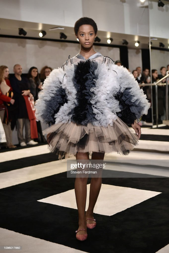 Tomo Koizumi - Runway - February 2019 - New York Fashion Week: The Shows : News Photo