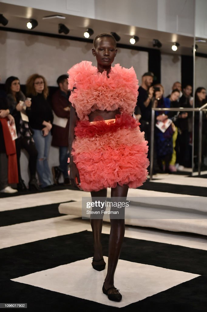 Tomo Koizumi - Runway - February 2019 - New York Fashion Week: The Shows : ニュース写真