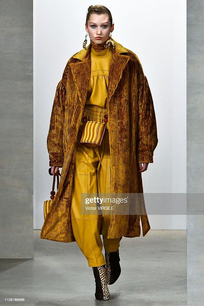 Ulla Johnson - Runway - February 2019 - New York Fashion Week : News Photo