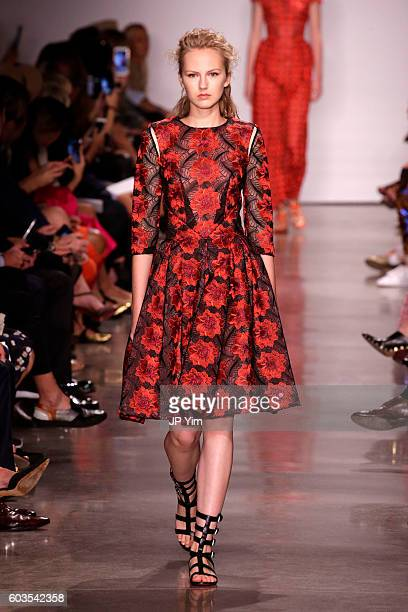 A model walks the runway for the Zac Posen fashion show during New York Fashion Week September 2016 at Spring Studios on September 12 2016 in New...