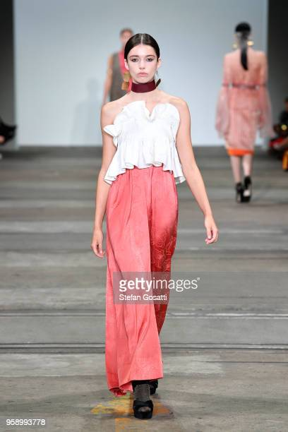 A model walks the runway in a design by Gillian Garde during the FDS The Innovators show at MercedesBenz Fashion Week Resort 19 Collections at...
