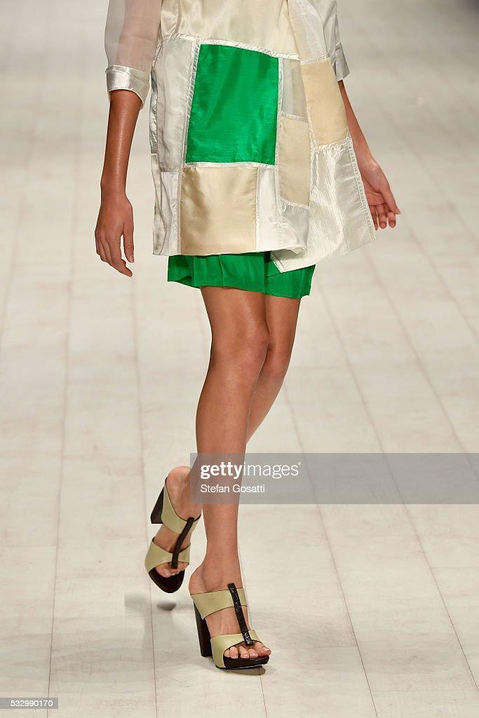 Raffles International Showcase - Runway - Mercedes-Benz Fashion Week Australia 2016 : News Photo