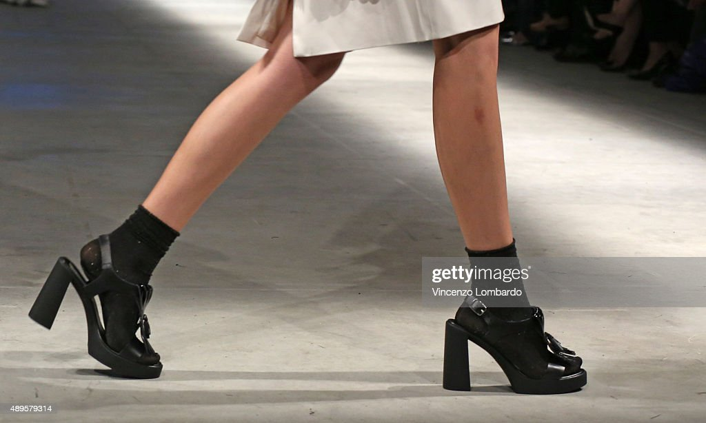 80th Anniversary Of Istituto Marangoni - Runway - Milan Fashion Week  SS16 : News Photo