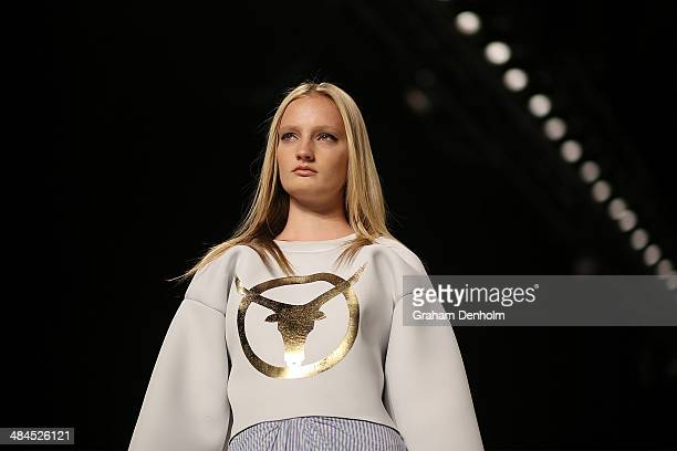 A model walks the runway showcasing designs by Phoenix Keating at the Best of #MBFWA show at MercedesBenz Fashion Week Australia Weekend Edition at...