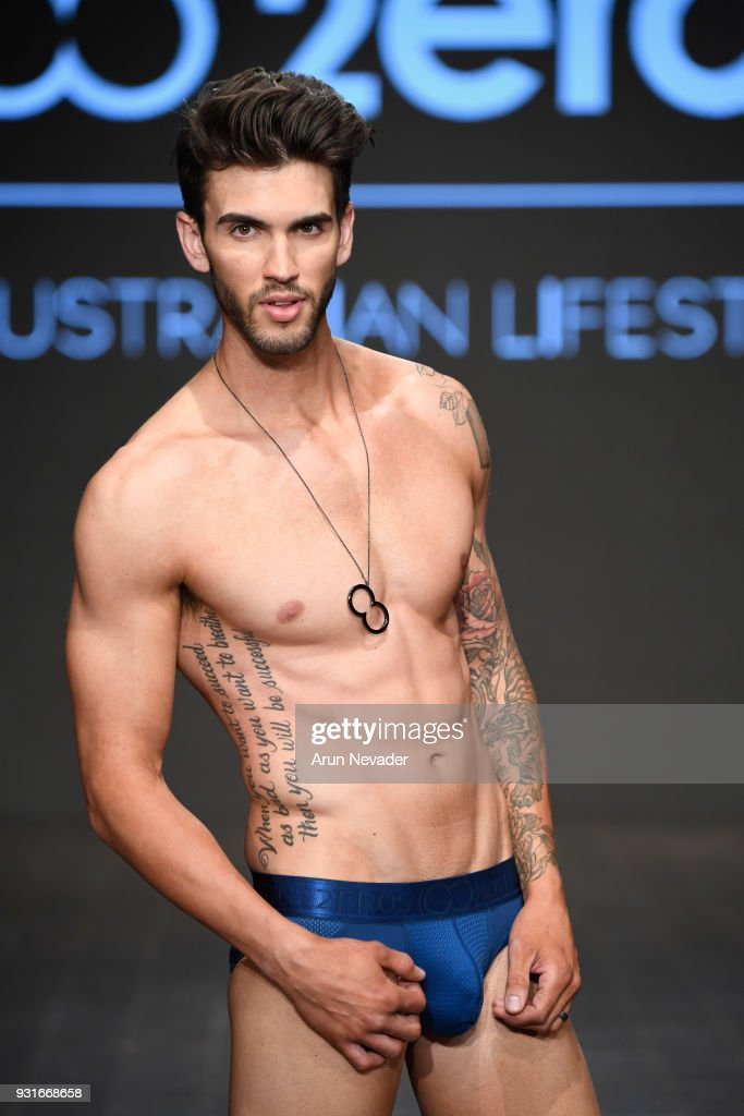 A model walks the runway wearing 2EROS at Los Angeles Fashion Week Powered by Art Hearts Fashion LAFW FW/18 10th Season Anniversary at The MacArthur on March 13, 2018 in Los Angeles, California.