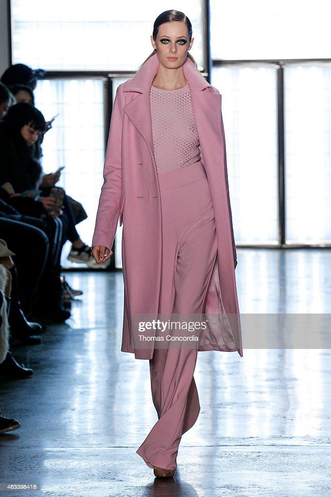 Cushnie Et Ochs - Runway - MADE Fashion Week Fall 2015 : News Photo