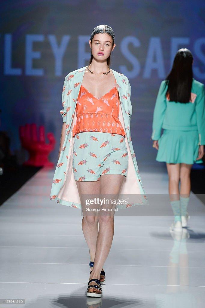 World MasterCard Fashion Week Spring 2015 Collections In Toronto - Hayley Elsaesser - Runway : News Photo