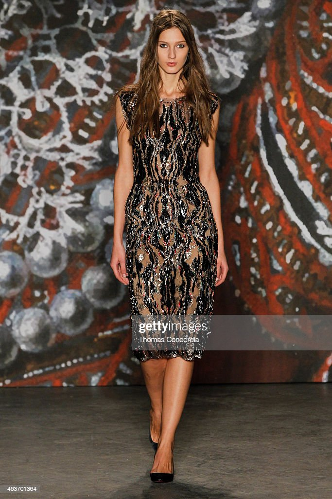Jenny Packham - Runway - Mercedes-Benz Fashion Week Fall 2015 : News Photo
