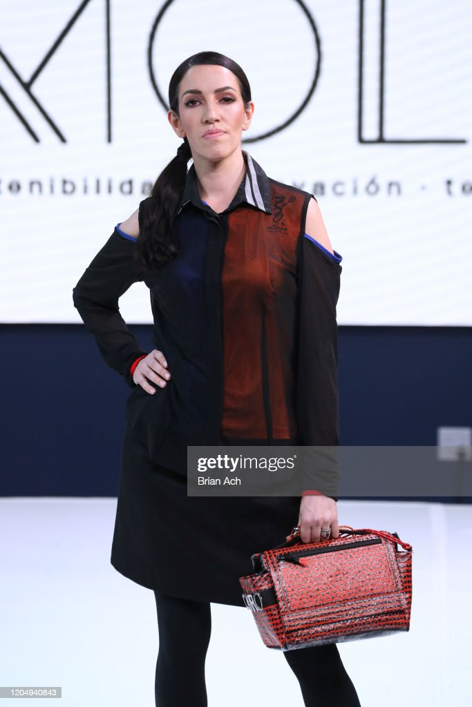 NYFW hiTechMODA REGEN RUNWAY : News Photo