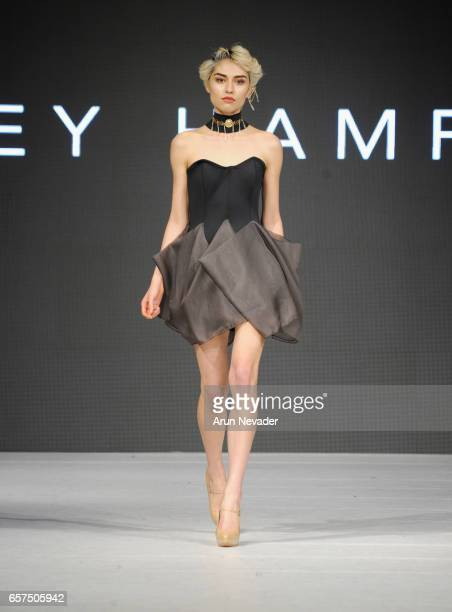 A model walks the runway wearing Lesley Hampton at Vancouver Fashion Week Fall/Winter 2017 at Chinese Cultural Centre of Greater Vancouver on March...