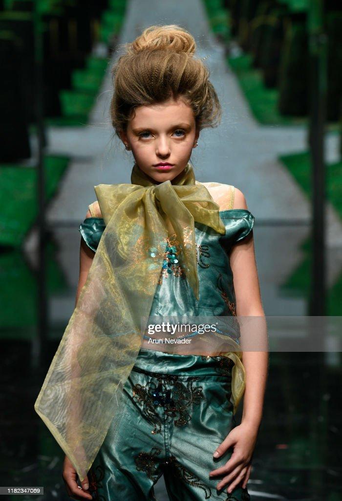 Lulu Et Gigi At Los Angeles Fashion Week SS/20 Powered By Art Hearts Fashion : News Photo