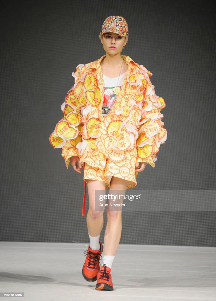 A model walks the runway wearing Machiomizumachi at Vancouver Fashion Week Fall/Winter 2017 at Chinese Cultural Centre of Greater Vancouver on March 26, 2017 in Vancouver, Canada.