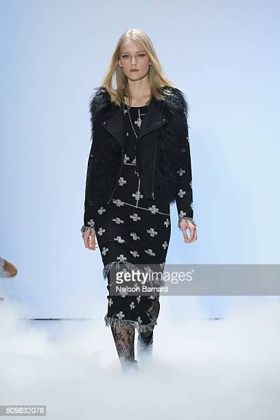 A model walks the runway wearing Nicole Miller Fall 2016 during New York Fashion Week The Shows at The Gallery Skylight at Clarkson Sq on February 12...