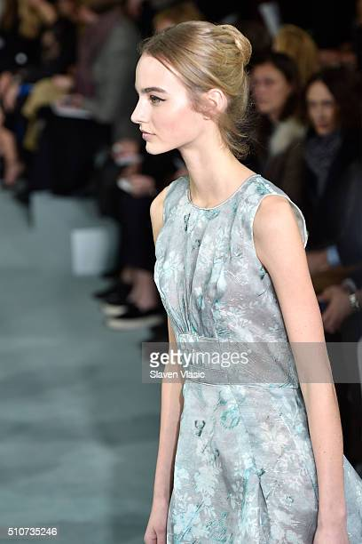A model walks the runway wearing Oscar De La Renta Fall 2016 during New York Fashion Week at Prince George Ballroom on February 16 2016 in New York...