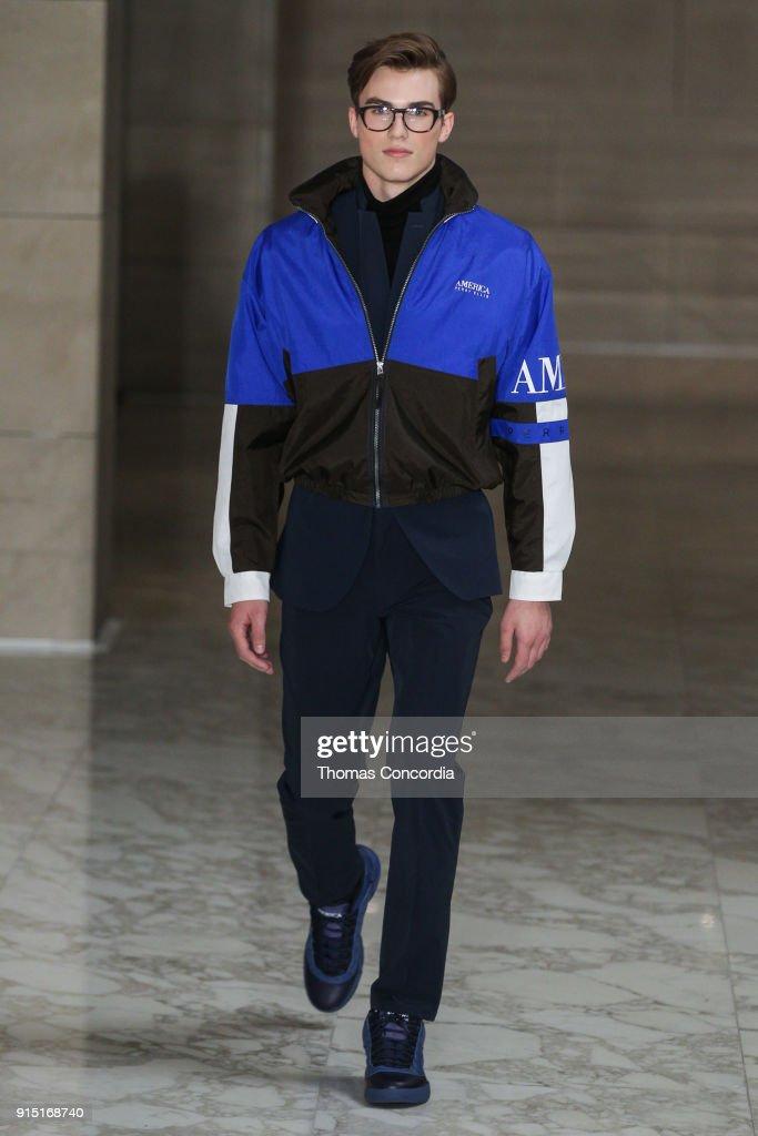 Perry Ellis - Runway - February 2018 - New York Fashion Week Mens' : ニュース写真