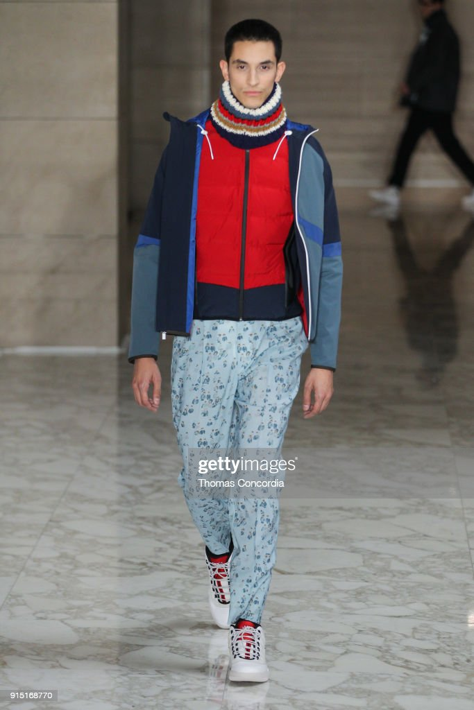 Perry Ellis - Runway - February 2018 - New York Fashion Week Mens' : News Photo