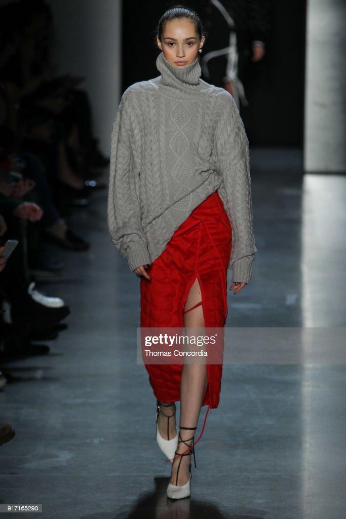 Prabal Gurung - Runway - February 2018 - New York Fashion Week: The Shows : News Photo