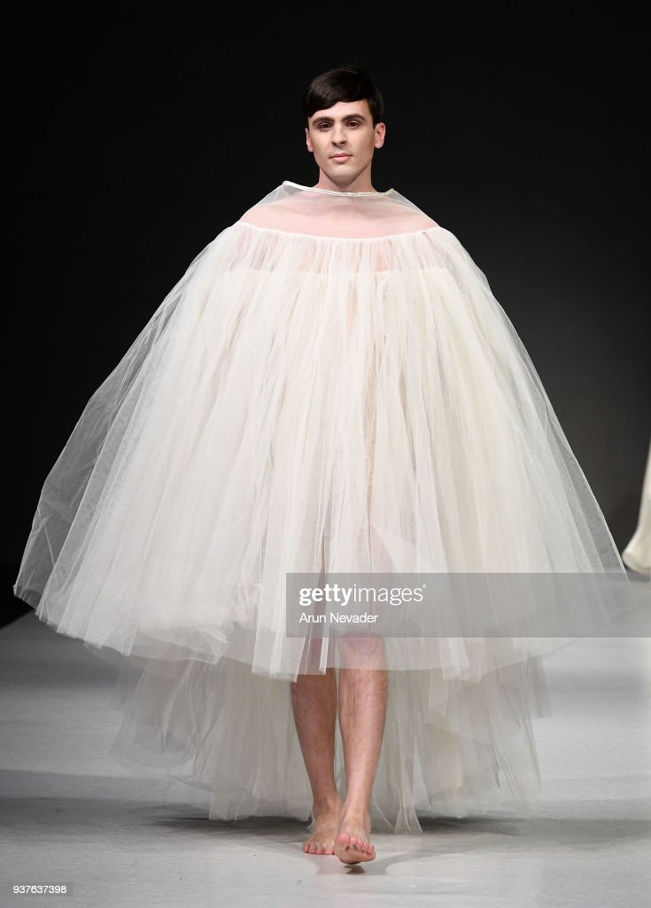 2018 Vancouver Fashion Week - Day 5 : News Photo
