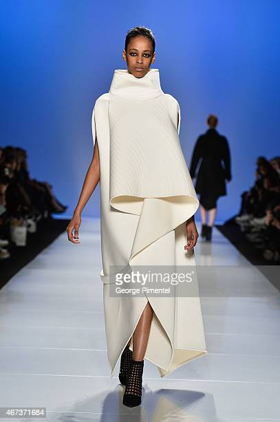 A model walks the runway wearing Sid Neigum fall 2015 collection during the MercedesBenz Start Up at World MasterCard Fashion Week Fall 2015 at David...