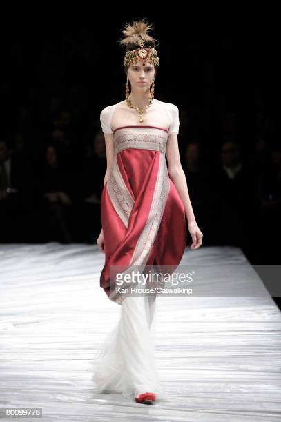 A model walks the runway wearing the Alexander McQueen Fall/Winter 2008/2009 collection during Paris Fashion Week on the 29th of February 2008 in...