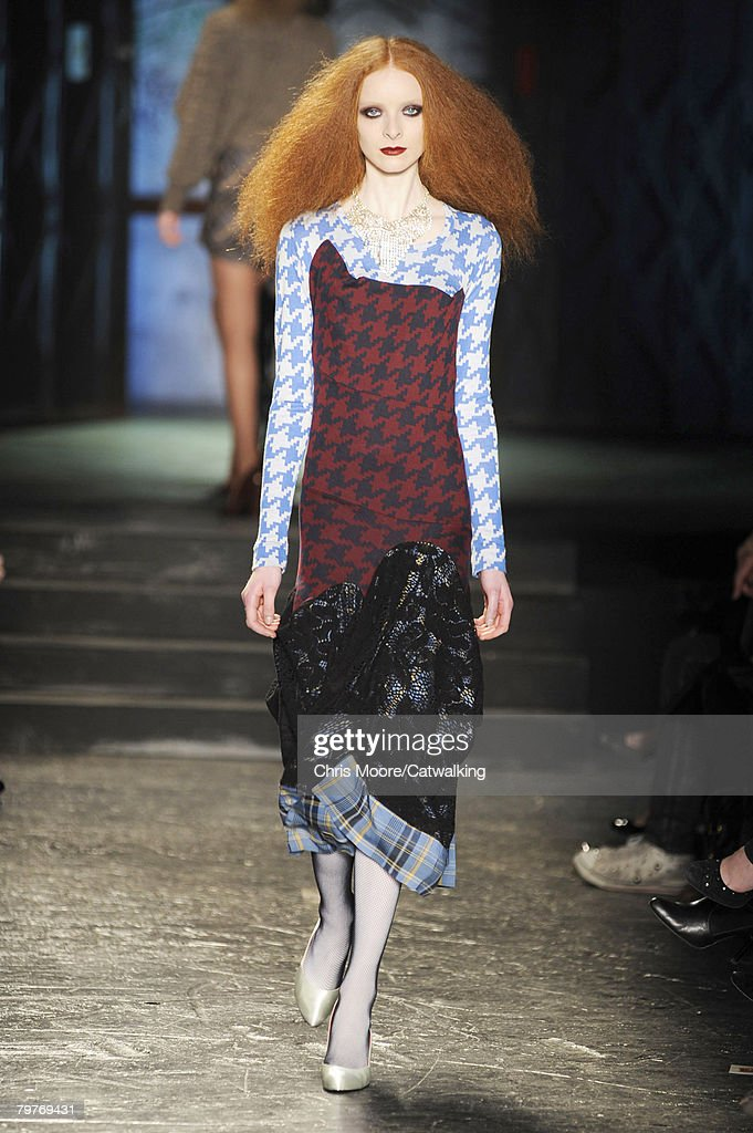 The Return of Vivienne Westwood to The Week of The Fashion of London Autumn/Winter 2008 / 2009
