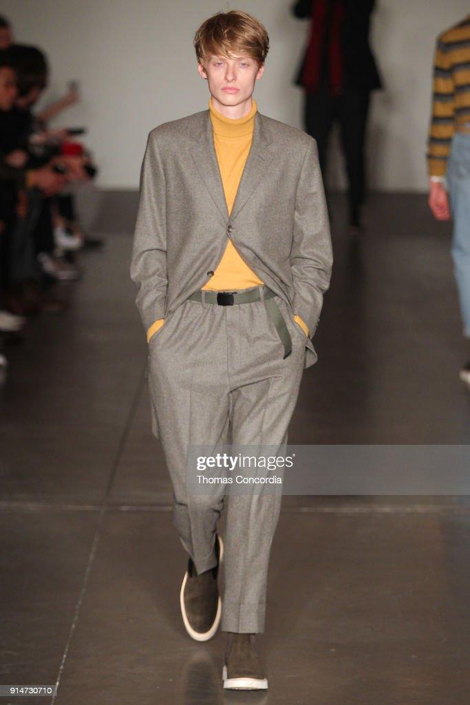 Todd Snyder - Runway - February 2018 - New York Fashion Week: Mens' : Foto jornalística