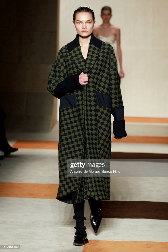 A model walks the runway wearing Victoria Beckham Fall 2016 during New York Fashion Week at The Cunard Building on February 14, 2016 in New York City.