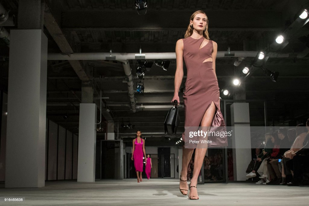A model walks the ruway for Cushnie Et Ochs Fashion Show during New York Fashion Week at Pier 17 on February 9, 2018 in New York City.