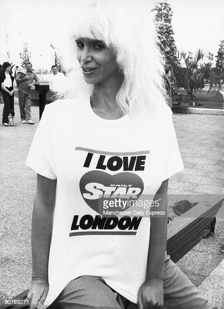Model wearing a Tshirt promoting the �Daily Star� newspaper