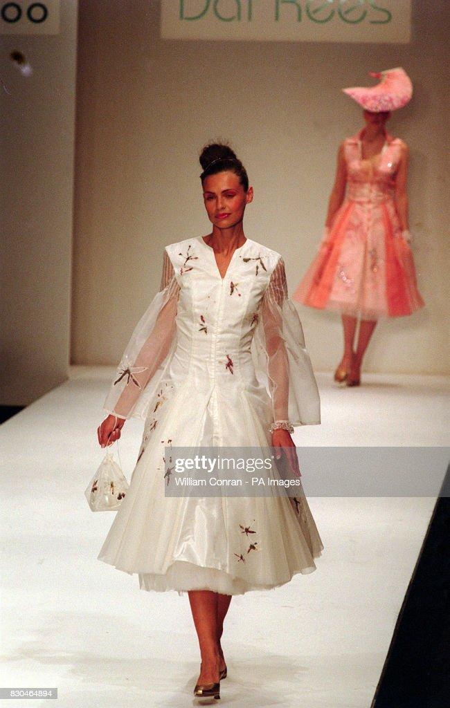 Ldn Fash Wk Dai Rees tea dress : News Photo