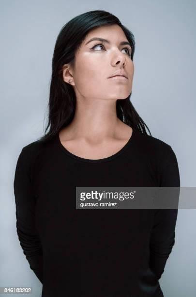 Model wearing black tshirt