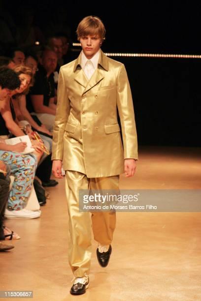 Model wearing Comme des Garçons Spring/Summer 2007