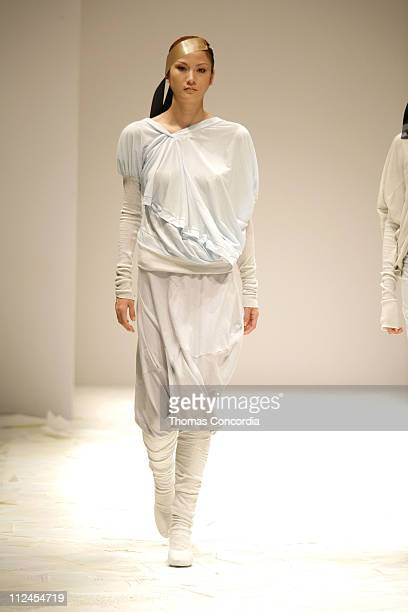 Model Wearing HISUI by Hiroko Ito Spring/Summer 2007- 2912x4368
