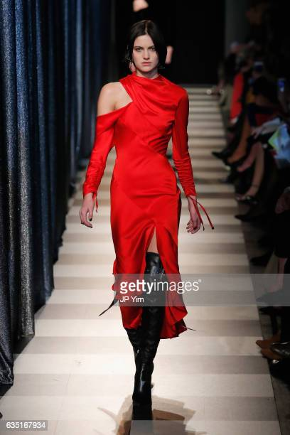 A model wearing Monse walks the runway for the Oscar De La Renta Monse collection during New York Fashion Week The Shows at Gallery 1 Skylight...