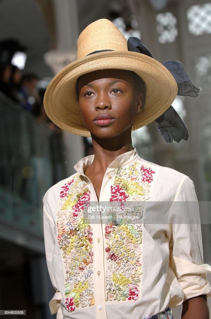 79d53b8a7b7b London Fashion Week - Nicole Farhi Catwalk Show Pictures