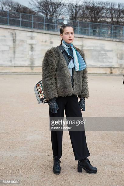 Model wears Aldo bag on day 4 during Paris Fashion Week Autumn/Winter 2016/17 on March 4 2016 in Paris France