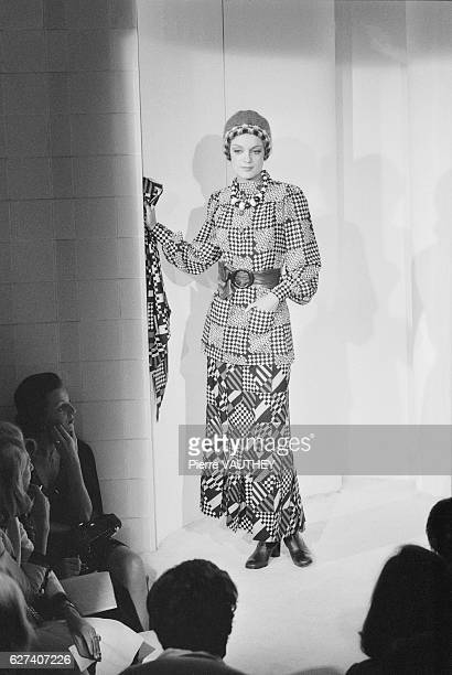 A model wears readytowear women's fashions by Emanuel Ungaro for his French fashion house during a FallWinter 19731974 fashion show in Paris Her...